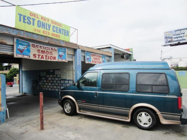 los angeles - rusty the van
